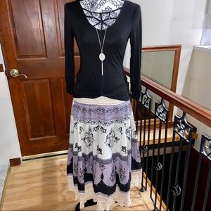 Beautiful Boho Style Skirt Size Small